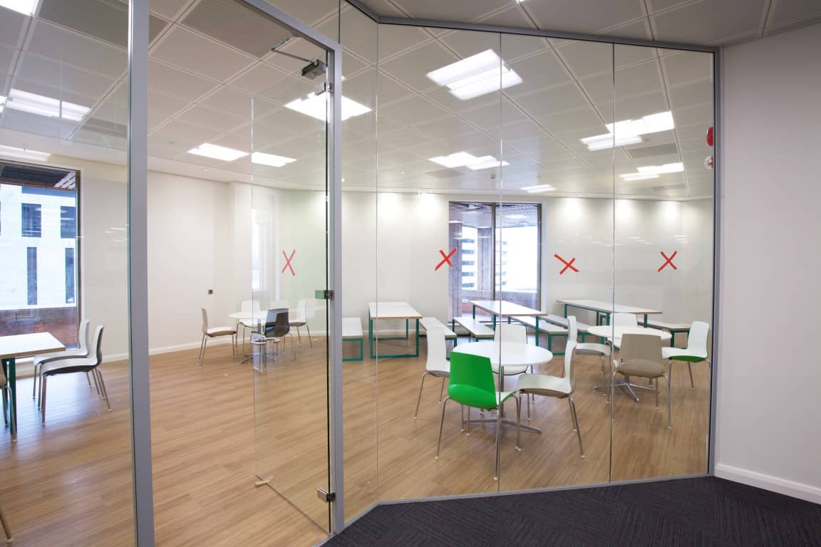 Cube7 071 1 office partitions liverpool wirral manchester