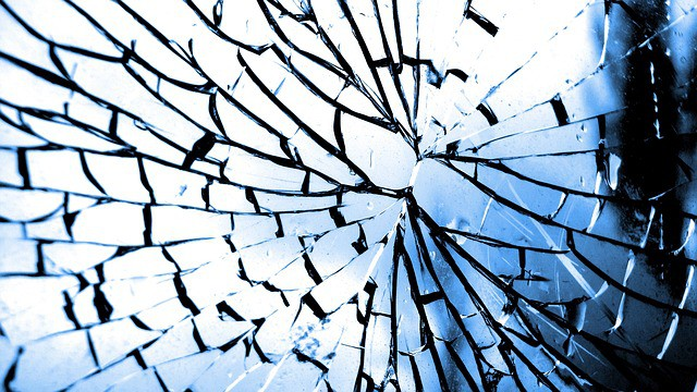The Advantages of Using Toughened Safety Glass for Your Office